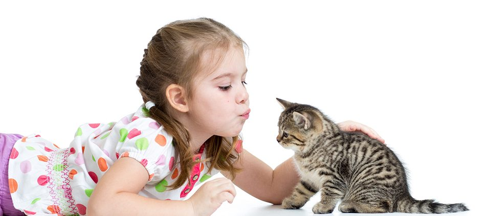 little-girl-kissing-kitten